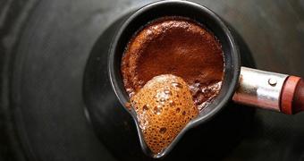 С бодрым утром: классические и необычные рецепты варки кофе
